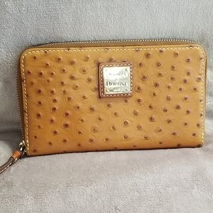 Dooney and Bourke zip around wallet NWOT